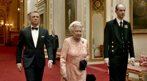 the-queen-and-james-bond-london-olympics-opening-ceremony
