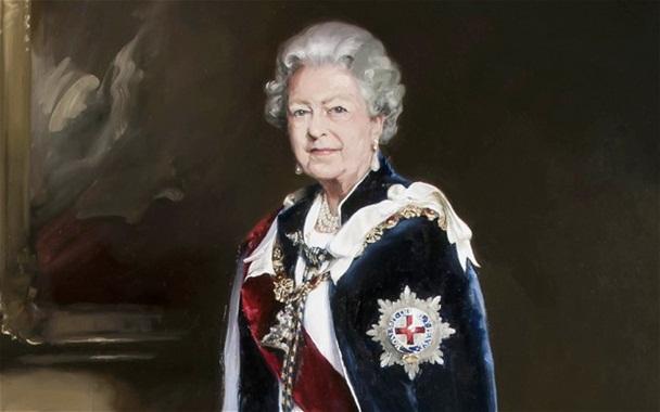Queen-Full-Portrait-nicky-phillips