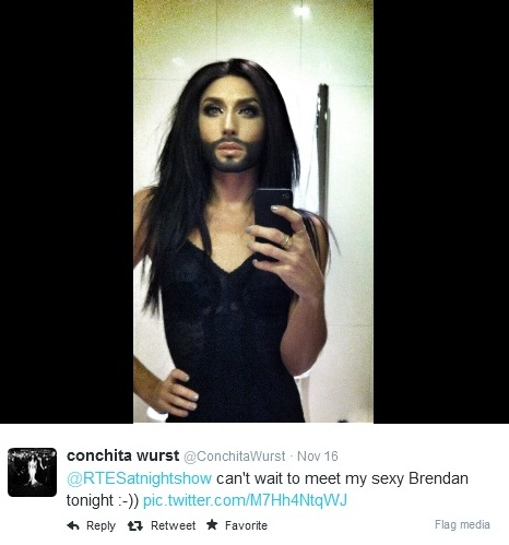 conchita wurst bathroom selfie