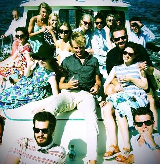 taylor swift jamie king boat ride