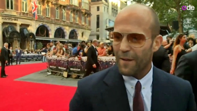 jason statham the expendables 3 red carpet