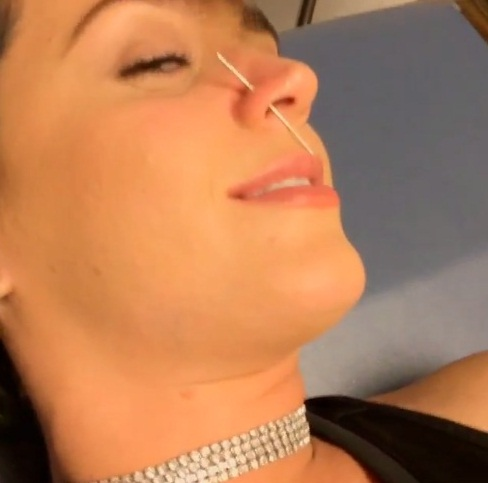 katy perry nose piercing instagram video