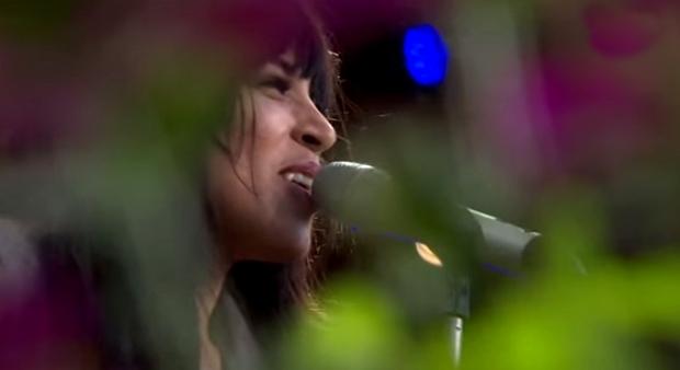 loreen singing stockholm allsangen