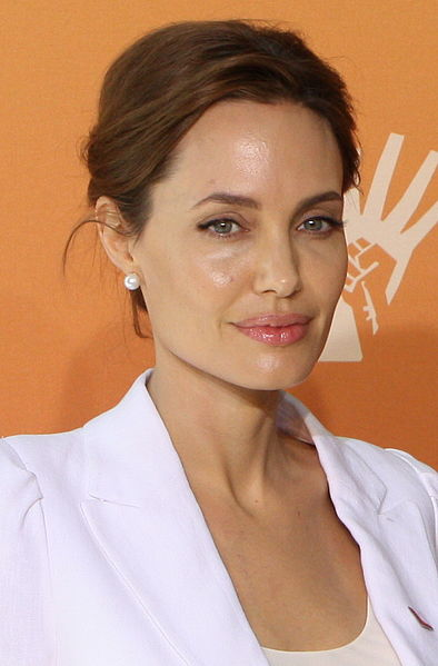 angelina jolie honorary dame