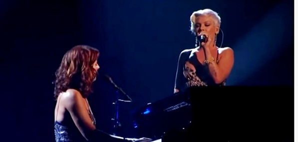 sarah mclachlan and pink angel american music awards live
