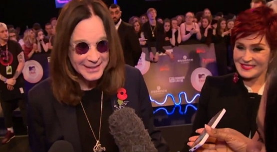 ozzy and sharon osbourne on red carpet