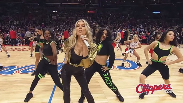 fergie la clippers game flash mob