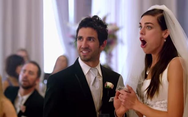 Maroon 5 s sugar video features actual wedding crashings for Maroon 5 wedding video