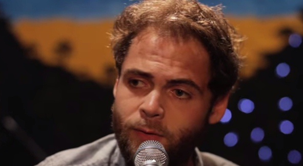 Passenger 'Let Her Go' - That Voice Will Break Your Heart: Repeat Rotation Video
