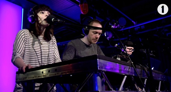 Chvrches Cry Me a River cover radio1