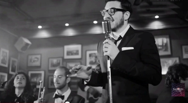 John Karayiannis Releases 'Diggiloo Diggiley' and It's Jazzy and Beautiful (Video)