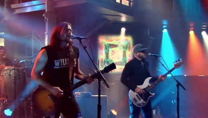 lukas nelson and promise of the real stephen colbert something real