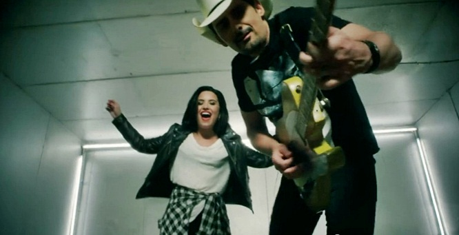 brad-paisley-demi-lovato-without-a-fight