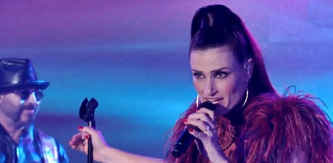 idina-menzel-on-jimmy-kimmel