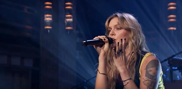 Tove Lo Performs 'Cool Girl' Live on 'The Tonight Show' — Sensual and Smooth — Memories Monday