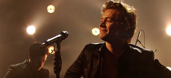 Harry Styles Sings Sign Of The Times Live On Graham