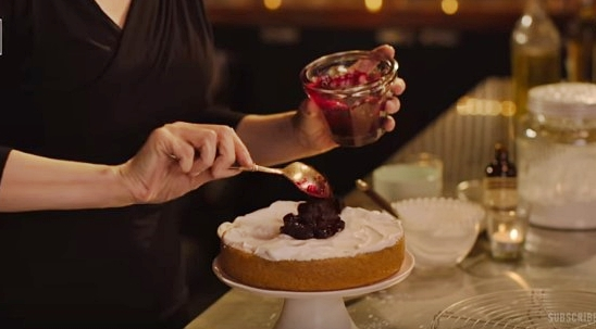 How to make Nigella Lawson's lemon tendercake with blueberry compôte