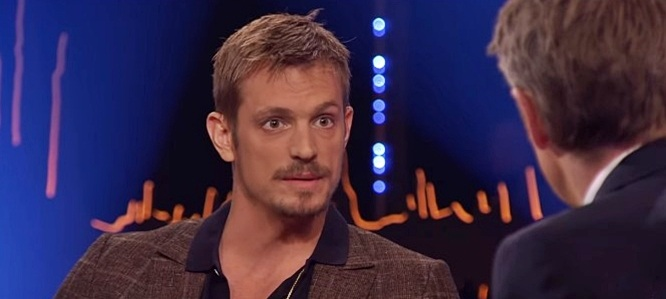 Joel Kinnaman has 2 metal bars in his chest due to pectus excavatum -- yikes!