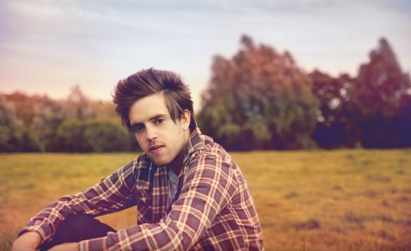 Listen to Benjamin Francis Leftwich's 'When You Were Young' from Grey's Anatomy