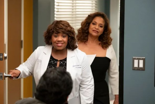 """Listen to Reuben and the Dark's 'What a Wonderful World' from Grey's Anatomy, Season 15, Ep. 25, """"Jump Into The Fog"""""""