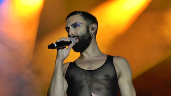 WURST's World Bodypainting Festival Set, Klagenfurt -- Conchita WURST's Top 40 Best Live Performances (#20)
