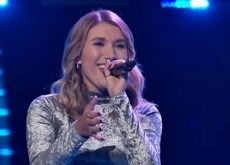 Gracee Shriver picks Kelly Clarkson on The Voice over Gwen Stefani and it's awesome (video)