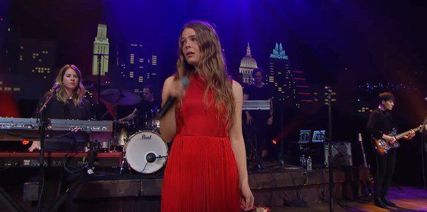 Watch Maggie Rogers live on Austin City Limits and check out those superb vocals (videos)